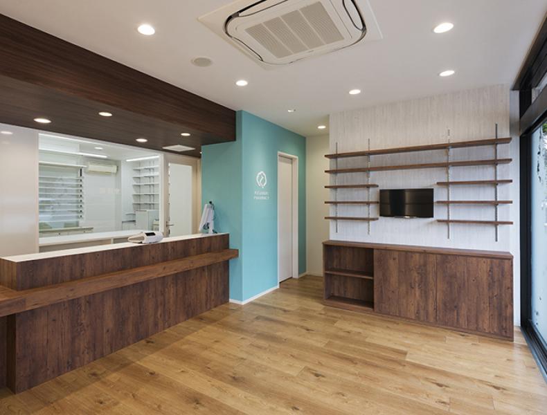 店舗デザイン実績|くすのき薬局南口店 様 イメージ画像6
