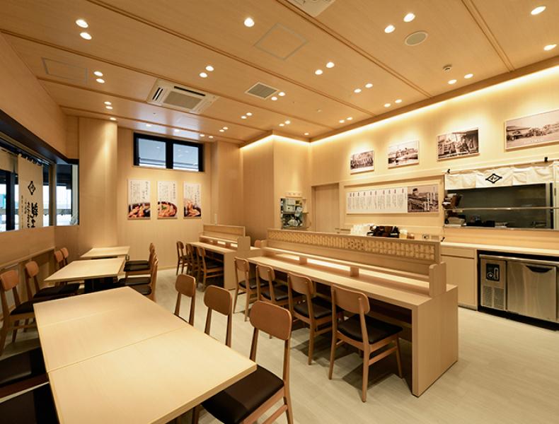 店舗デザイン実績|伊藤和四五郎商店 鶏三和 様 イメージ画像4