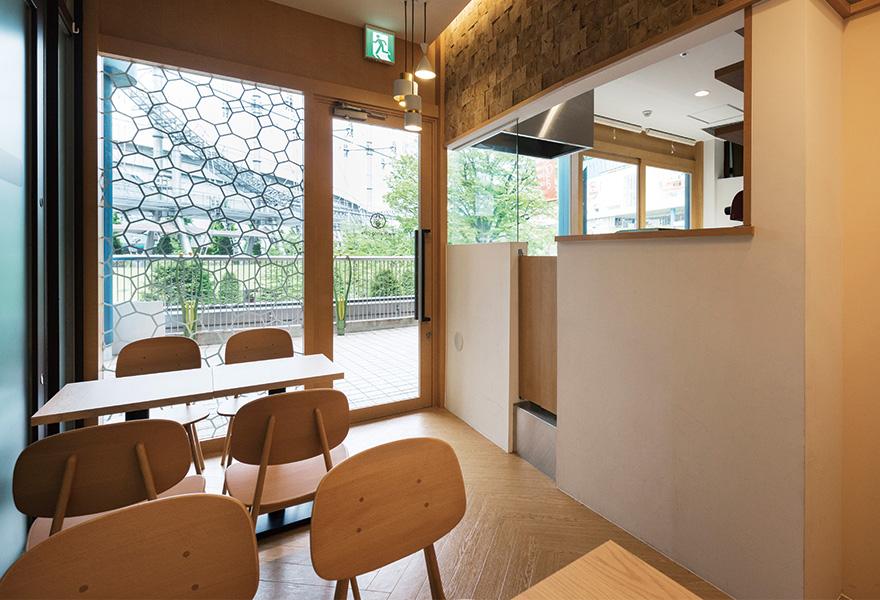 レストラン・カフェ・飲食店の店舗物件選びと内装 - 開業ノウハウイメージ画像