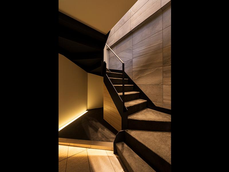 1F階段 2Fへ上......イメージ画像