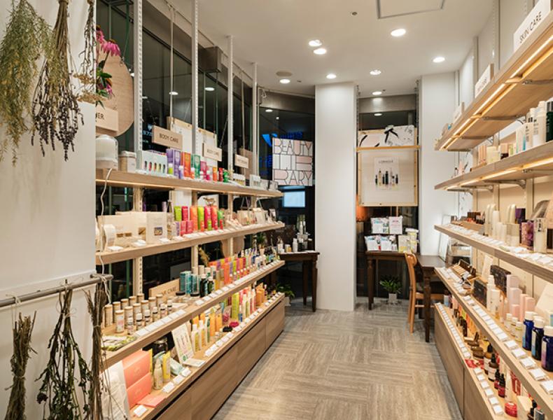 店舗デザイン実績|BEAUTY LIBRARY 新宿ミロード店 様 イメージ画像5
