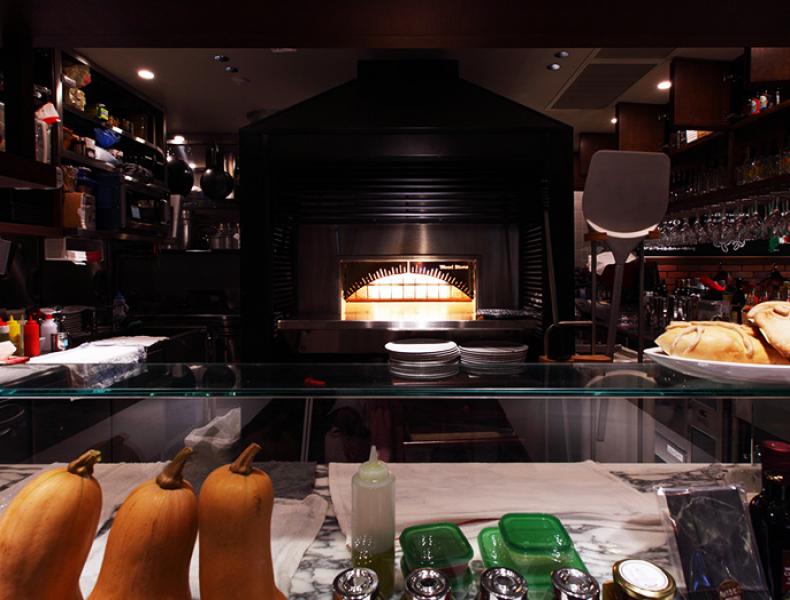 店舗デザイン実績|窯焼PIZZAとワインの店 BOSSO 様 イメージ画像6